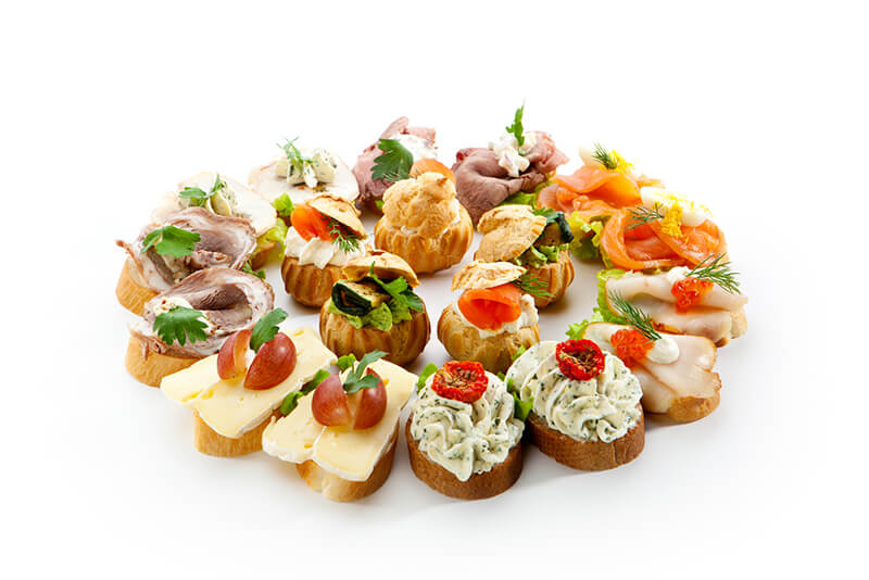 Rentals and tips for hosting a super bowl party in denver for Canape menu ideas