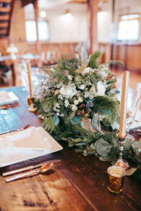 Choosing the perfect centerpiece
